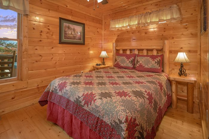 2 Bedroom Cabin Main Floor Bedroom - Moonglow