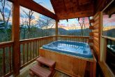 Luxury Cabin with Cozy Hot Tub