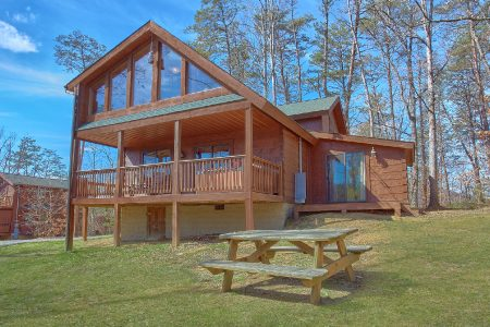 Bear Paw: 3 Bedroom Wears Valley Cabin Rental