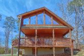 3 Bedroom Cabin 2 Story with Large Deck