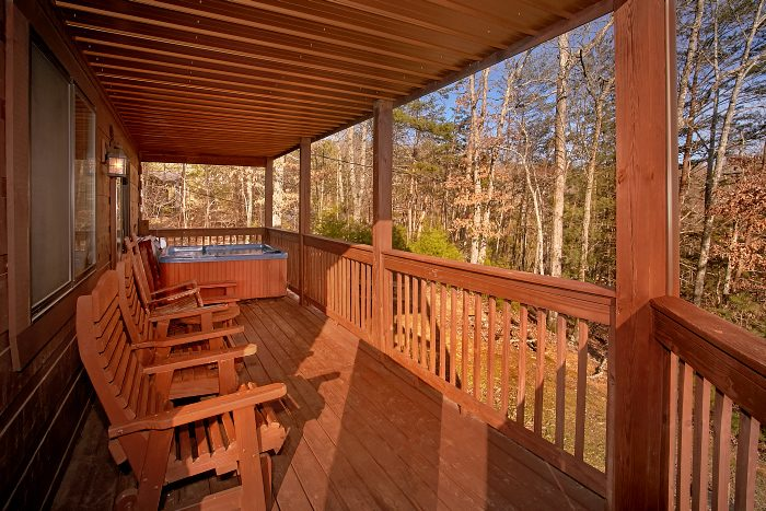3 Bedroom Cabin Sleeps 9 with Rocking Chairs - Morning Mist