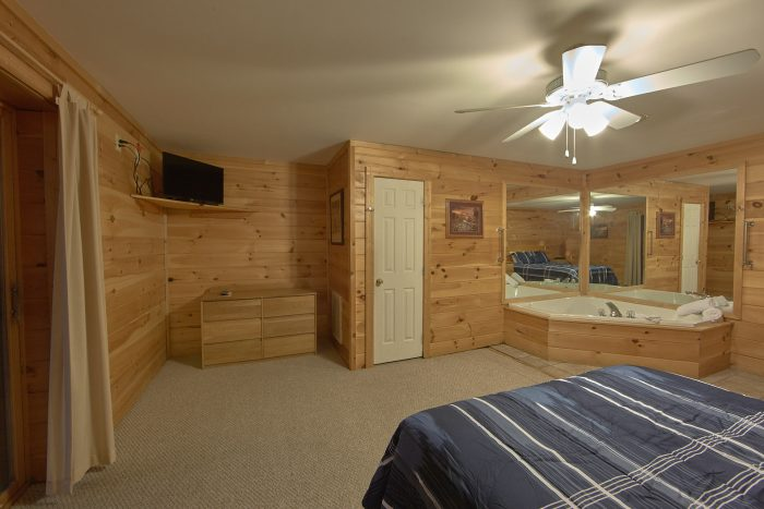 4 Bedroom Cabin with 2 Private Jacuzzi Tubs - Mountain Crest