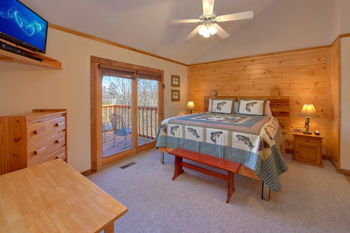4 Bedroom Cabin with 2 Master Suites - Mountain Destiny