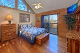Cabin with 2 Private Queen Master Bedrooms