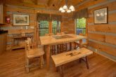 2 Bedroom cabin with a King bed