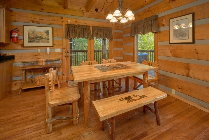 2 Bedroom cabin with a King bed - Mountain Glory