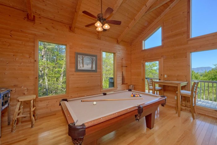 2 Bedroom cabin with outdoor dining - Mountain Glory