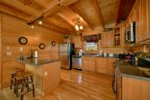 4 Bedroom Cabin with Oversize, Luxury Kitchen