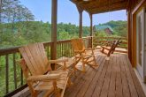 Luxury 4 Bedroom Cabin with Covered Deck