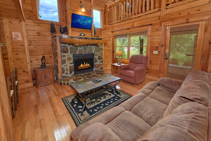 3 Bedroom Cabin with a Fireplace - Mountain Valley Dreams