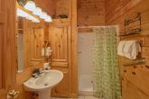 3 Bedroom Cabin with Walk-In Showers