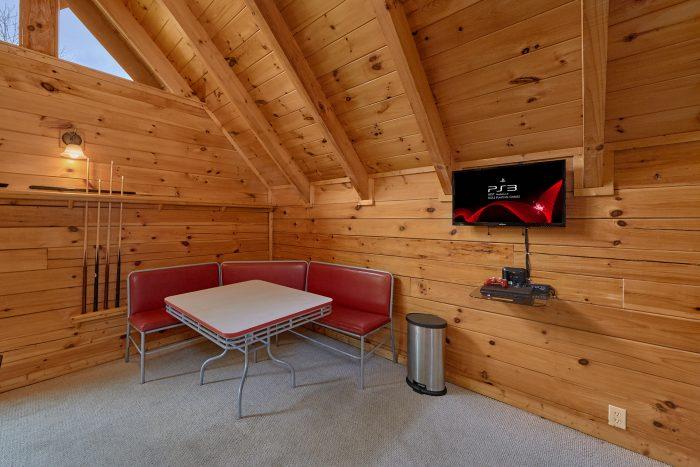 Smoky Mountain Cabin with Loft Game Room - Mountain Valley Dreams