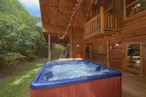 3 Bedroom Cabin with a Hot Tub