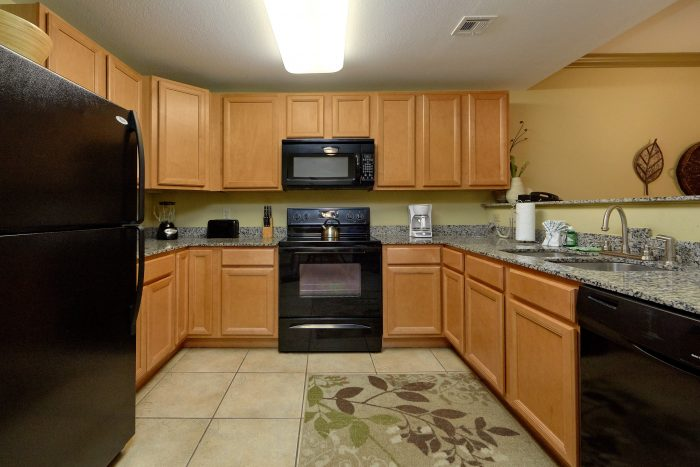 Pigeon Forge Cabin with Fully Equipped Kitchen - Mountain View 2704