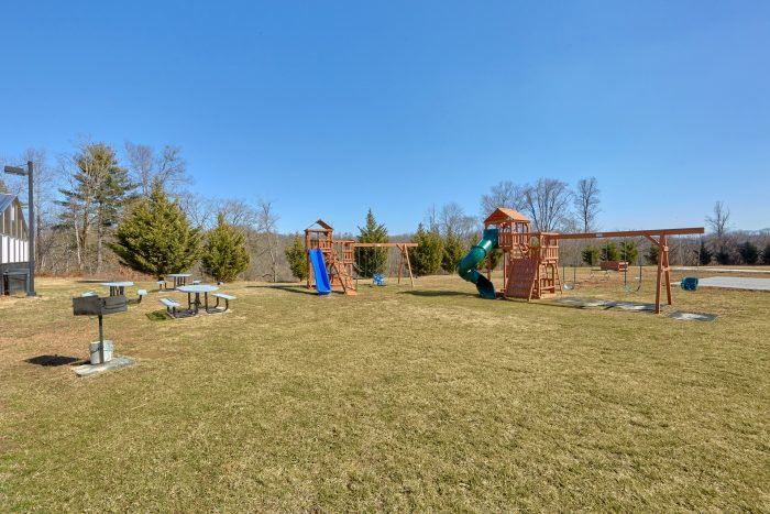 Pigeon Forge Condo with Pool and Playground - Mountain View 5102