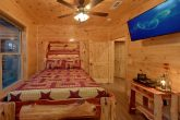 8 Bedroom Pool Cabin with Queen Beds