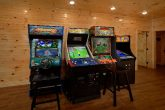 8 Bedroom Pool Cabin with 4 Arcade Games