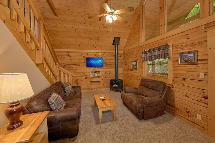 1 Bedroom Cabin with a Furnished Living room - Mtn Dreams
