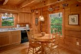 Cabin with Dining Room Table that seats 4