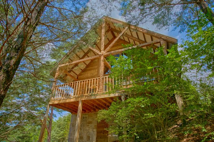Wears Valley Cabin with Wooded View - Mountain Retreat Kimbles