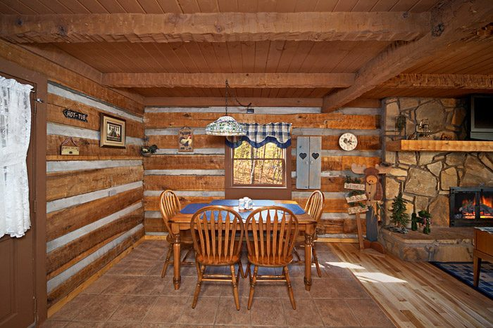 Cabin with Dining Area - Natures Heart