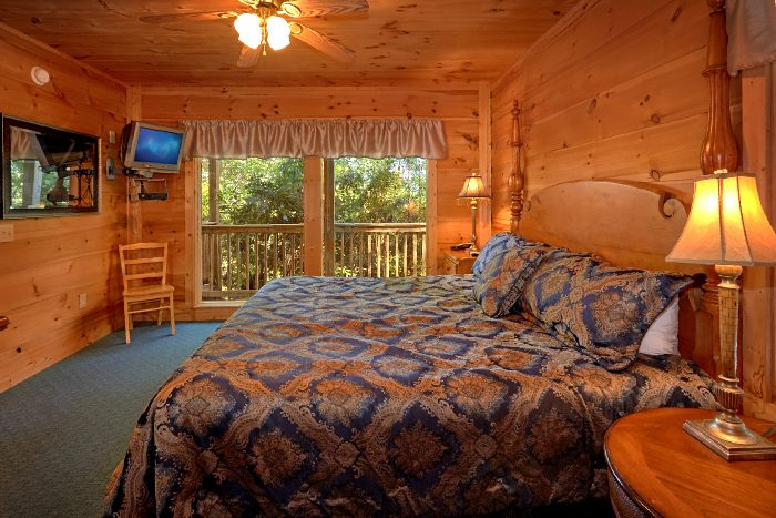 5 Bedroom Cabin Sleeps 16 with King Beds - Natures Majesty
