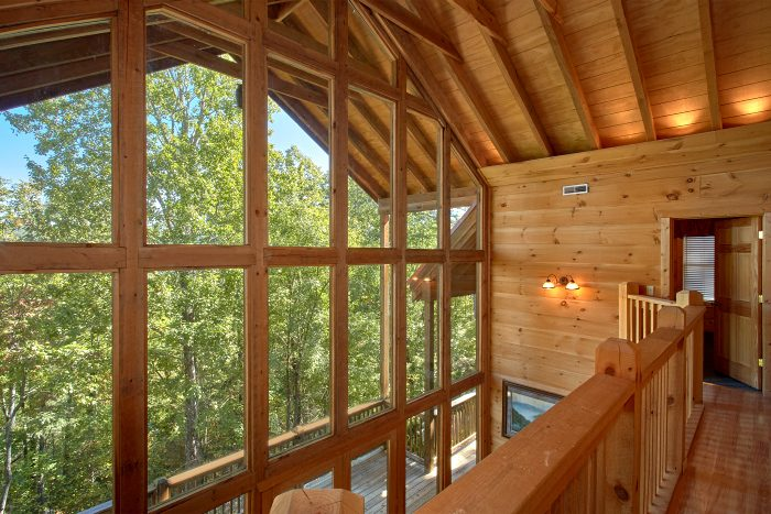 5 Bedroom Cabin with Mountain Views - Natures Majesty