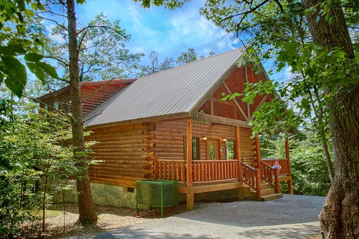 gatlinburg 2 bedroom cabin rental in sky harbor resort
