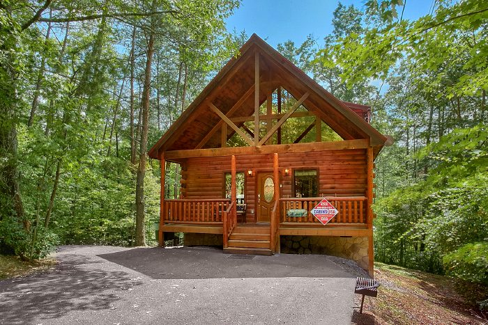 Nice N Knotty Cabin Rental Photo