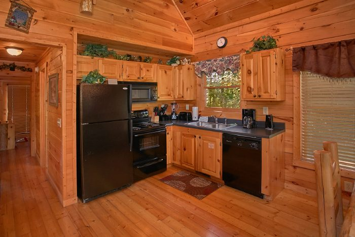 Premium 2 Bedroom Cabin with Luxurious Kitchen - Nice N Knotty