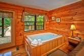 King Suite Jacuzzi in Cabin