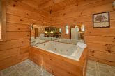 Cabin with private hot tub and view