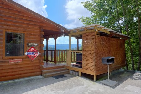 Southern Deluxe: 2 Bedroom Pigeon Forge Cabin Rental