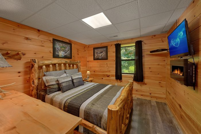 Cabin with Game Room and WIFI - One More Night