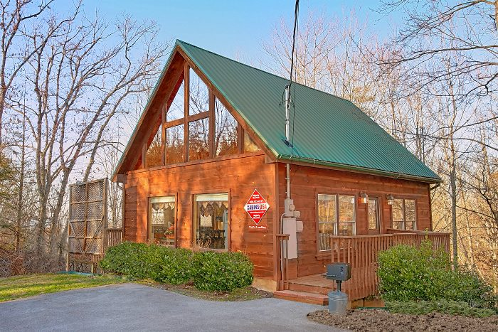 Owl's Landing Cabin Rental Photo