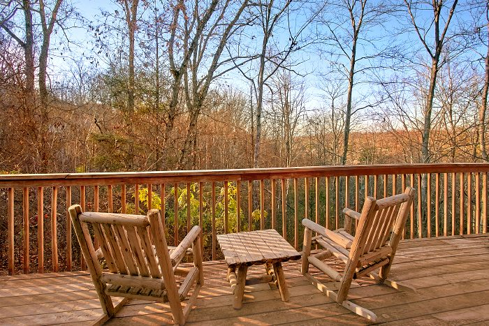 Secluded 1 Bedroom Cabin with Views - Owl's Landing