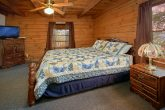Rustic Cabin with King Master Bedroom and bath