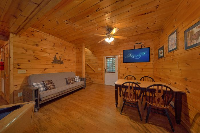 Cabin with Den - Paws A While