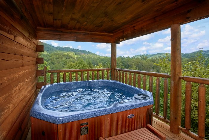 Smoky mountain cabin for couples near dollywood for Gatlinburg dollywood cabins