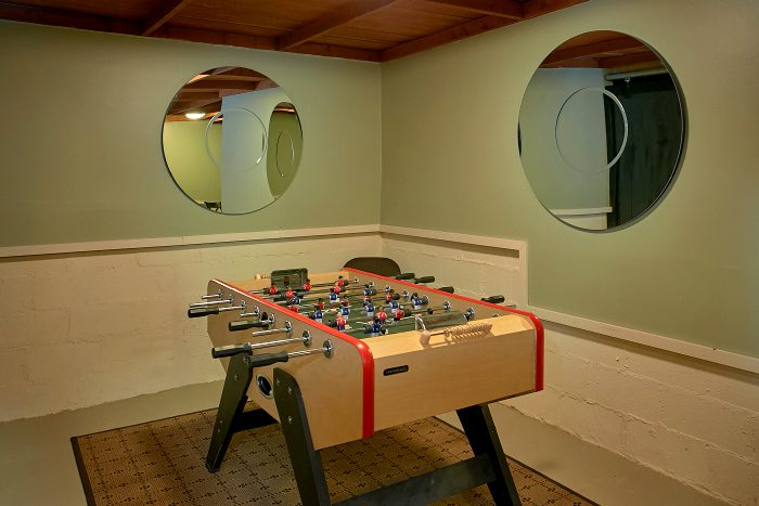 4 Bedroom Cabin with Foosball and Pool Table - Ponderosa