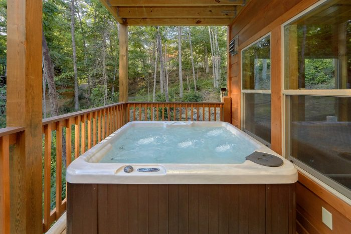 2 Bedroom 3 Story Cabin Sleeps 6 - Pool N Around