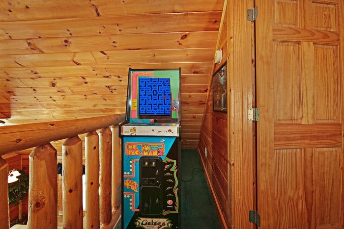 Cabin with Pac Man Game - Poolside Cabin