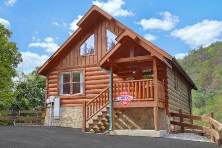 A Tennessee Treasure: 2 Bedroom Gatlinburg Cabin Rental