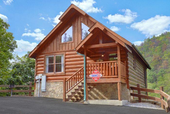 Radiant Ridge Cabin Rental Photo