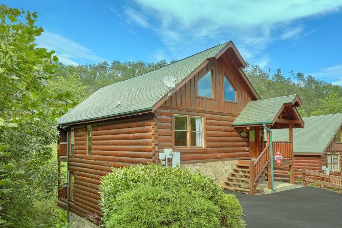 2 Bedroom Cabin in Black Bear Ridge Resort - Radiant Ridge