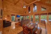 Spacious 2 Bedroom Cabin with Fireplace