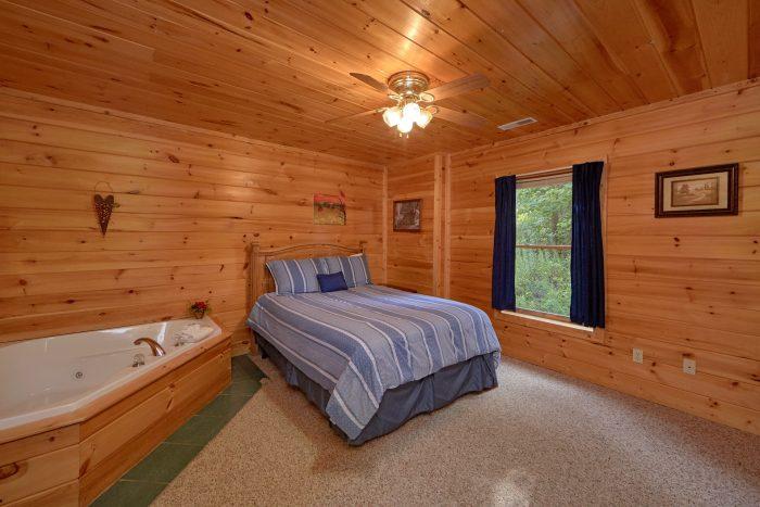 2 bedroom Cabin with Queen Bedroom and Jacuzzi - Radiant Ridge