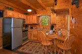 2 Bedroom Cabin with Full Kitchen and Table