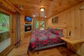 6 Bedroom Cabin with 2 Main Floor Master