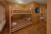 6 Bedroom Cabin Sleeps 20 On The River